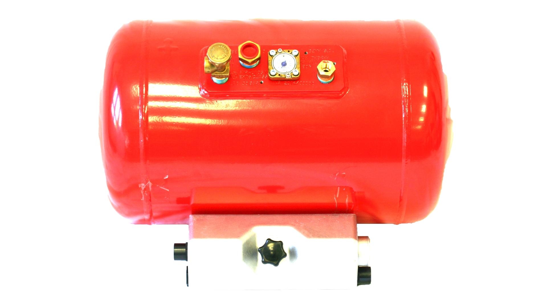 4-Loch Brenngas-Zylindertank (1920x1080)