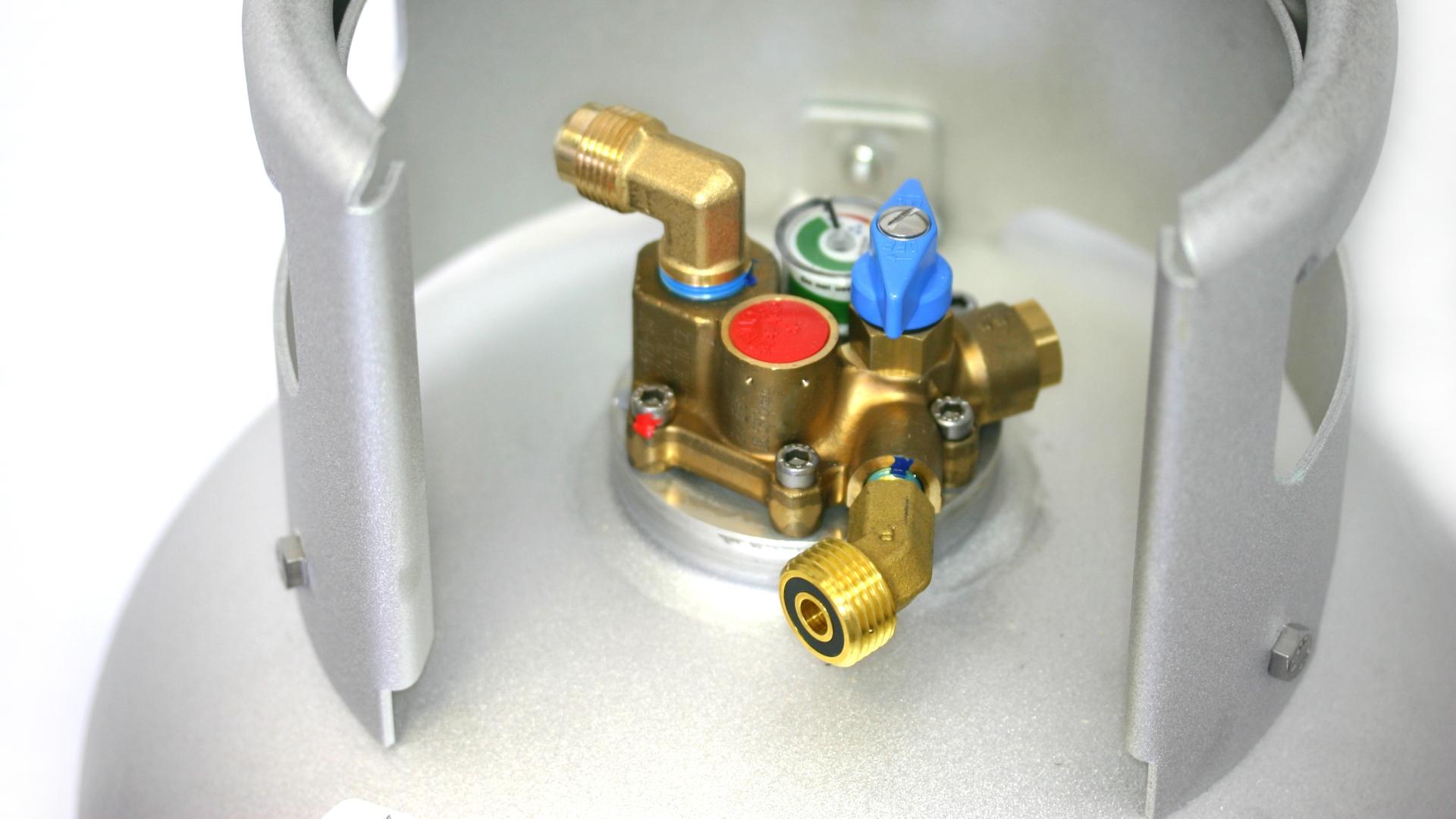 Cilindro de gas ALUGAS Travel Mate de 27 litros con multiválvula del 80%