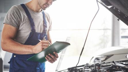 Aquí tiene la posibilidad de dar detalles del certificado de emisones ya pedido con un kit de motor o de pedir un certificado de emisiones sin un kit de motor.